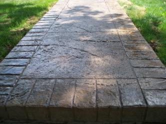 1400902_original-stamped-concrete-walkway